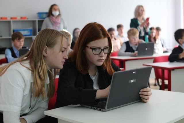 В ближайшее время детские школы программирования откроют в Сольцах, Пролетарии, Панковке, Крестцах, Угловке и Боровичах.