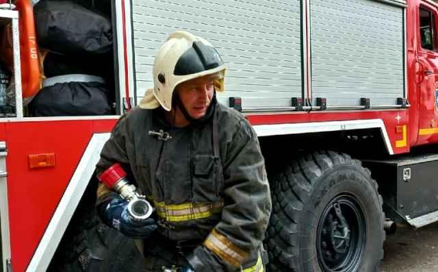 Ликвидировать пожар удалось к 3.30.
