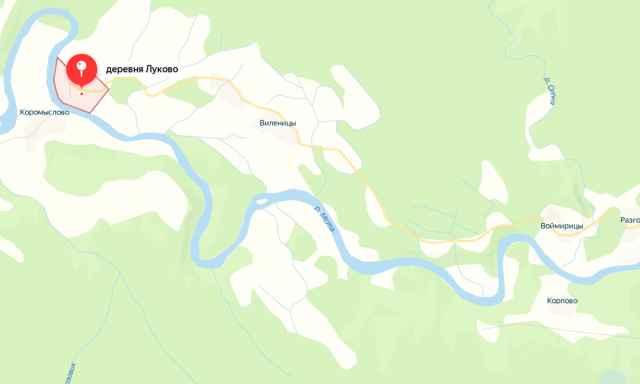 В лодку взрослые и дети сели у деревни Корпово, а вышли из неё у деревни Луково.