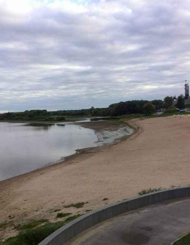 После того, как будет завершено строительство Левобережных очистных сооружений, начнётся очистка канала.