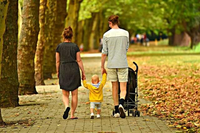 Минтруд включит беременность в список причин для получения пособий на детей
