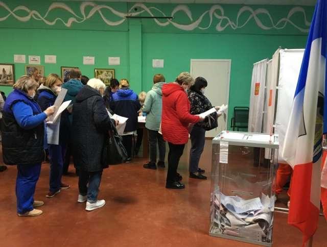 На избирательном участке 1219 д. Подберезье Новгородского района