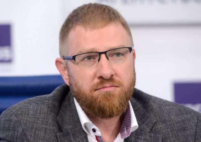 По словам общественника, в ряде регионов журналисты не отражали атаки дезинформаторов.