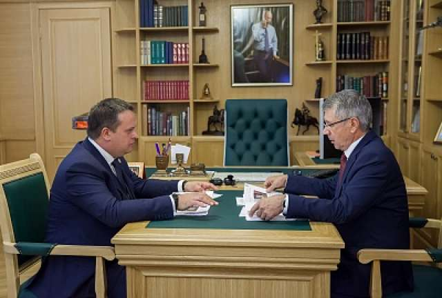 Андрей Никитин и Сергей Яковлев обсудили развитие муниципалитета.