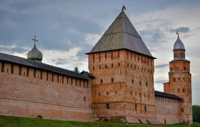 Проект «Школа волонтёров наследия» реализует Всероссийское общество охраны памятников истории и культуры.