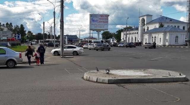 Сергей Бусурин сообщил, что парковка у вокзала сохранится.