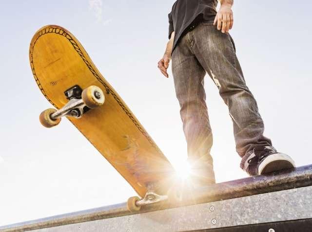 Сергей Бусурин сказал, что скейт-площадку в парке Юности очень активно использовали, и она пришла в негодность.