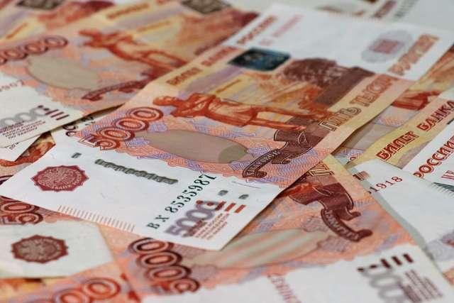 Лидирует в рейтинге Салехард с зарплатой в 106,4 тысячи рублей.