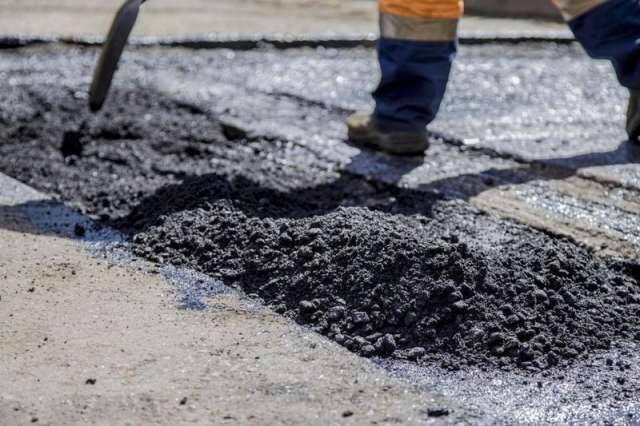 Муниципальный контракт на содержание дорог в Великом Новгороде заключат до 17 июня 2023 года.
