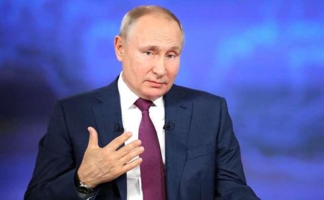 Губернатор Новгородской области Андрей Никитин поздравил президента с днём рождения.
