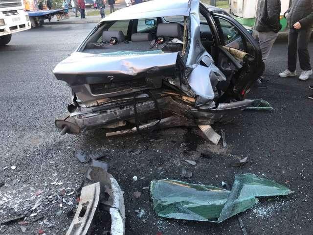 В результате ДТП водитель «Дэу Нексия» с переломом ноги доставлен в Новгородскую областную клиническую больницу