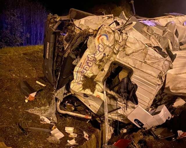 В результате ДТП водитель с сотрясением головного мозга и черепно-мозговой травмой доставлен в 122 Клиническую больницу имени Соколова