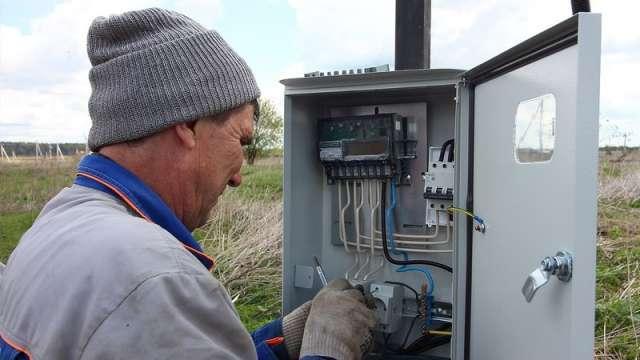 Владелец садового участка сможет самостоятельно подать заявку на подключение к электросетям.