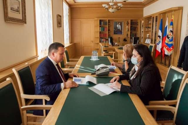 В Новгородской области снижается число первично выявленных детей-сирот и детей, оставшихся без попечения родителей, рассказала Татьяна Ефимова.
