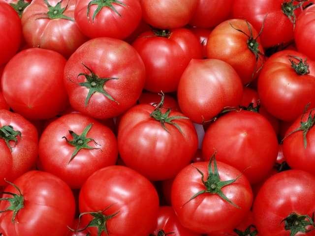 Свежие помидоры стали дороже на 10%.