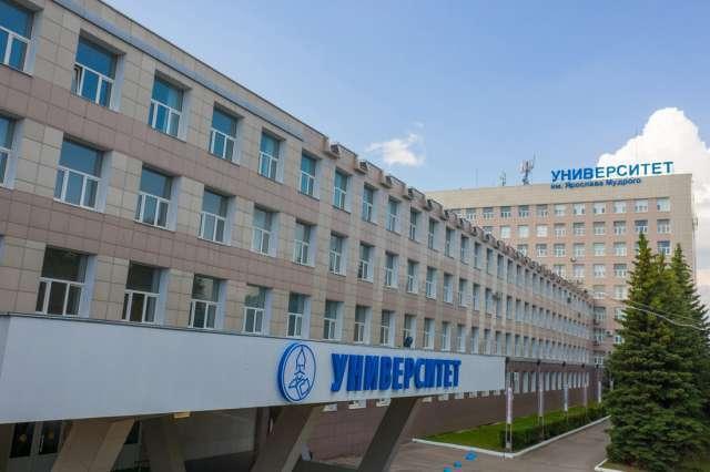 Проектом занялся молодой учёный, аспирант кафедры промышленных технологий Политехнического института НовГУ Шодмон Нозирзода.