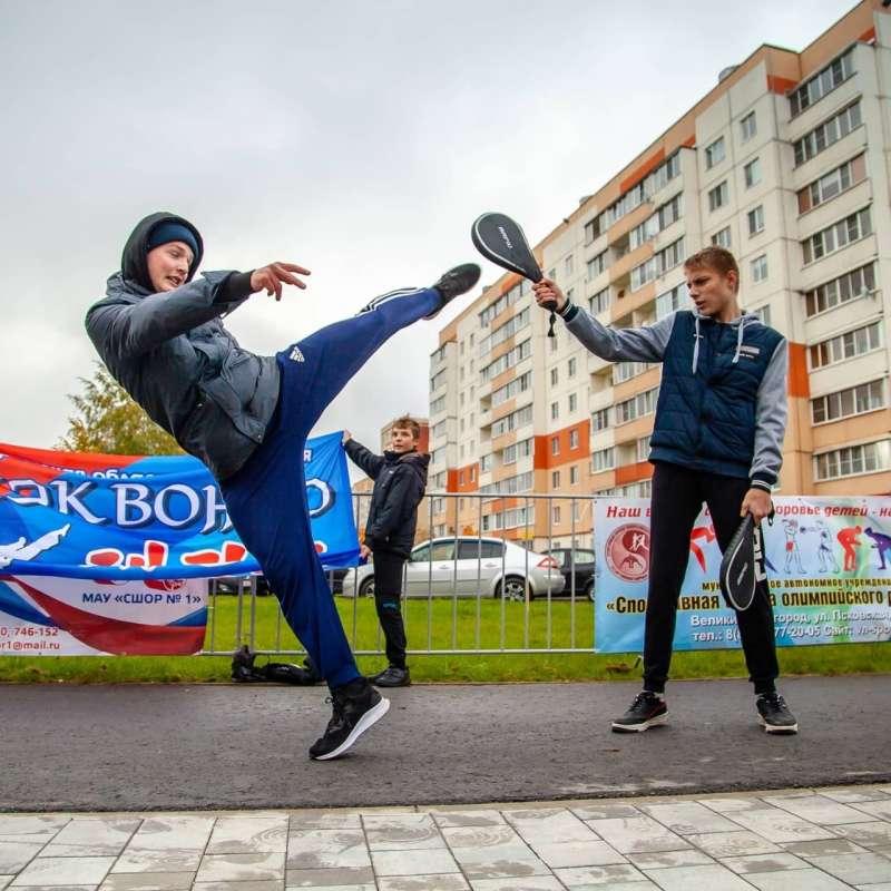 https://novvedomosti.ru/images/photos/150-3652-72.jpg